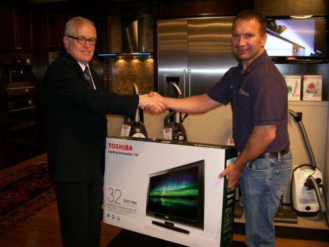 Karl's Appliance Paramus Showroom June 29, 2011 Event Grand Prize Winner